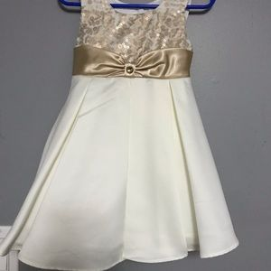 Toddler dress size 2